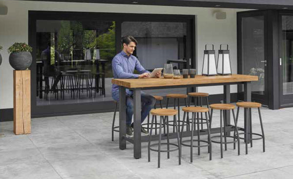 Contemporary designed outdoor high bar  table in teak and aluminium