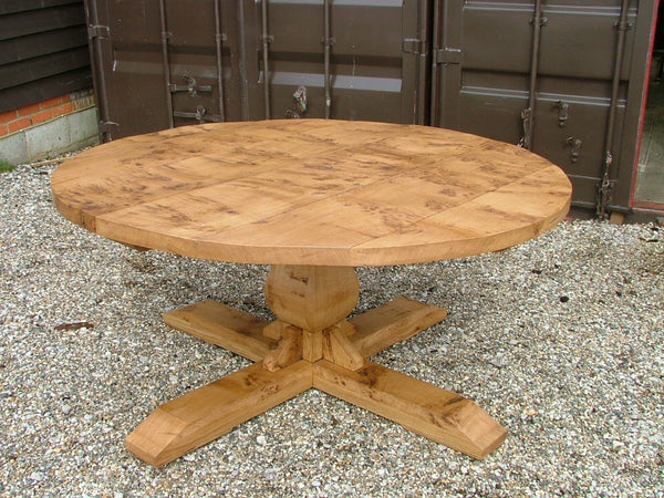 Round oak baluster table in burr oak