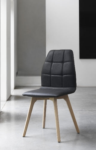 Ettiene - Upholstered Oak Chair