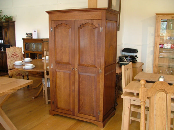 Sussex - Traditional Solid Oak Double Wardrobe