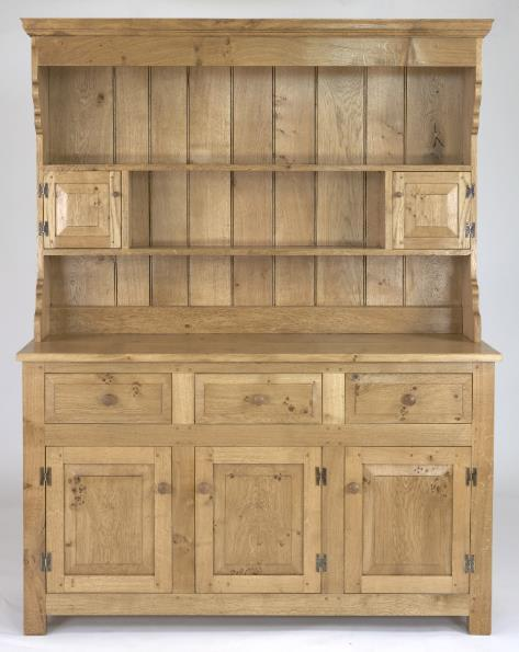 English Oak Panelled 3 Door Dresser