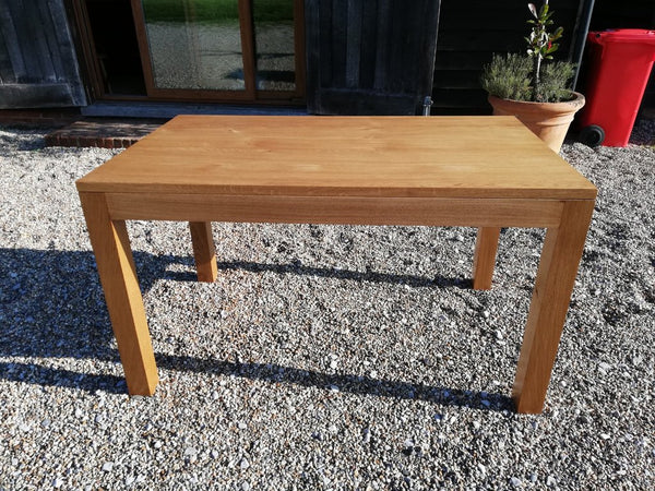 Lifestyle Contemporary Oak Table Side View