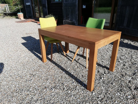 Cross Leg Oak Table With Chairs