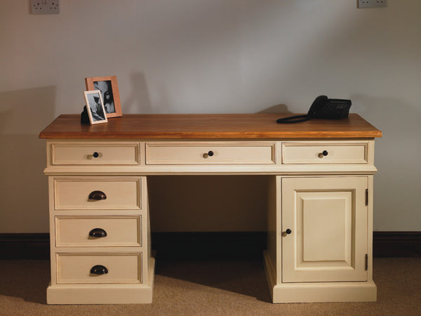 Desk Pine and oak