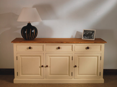Sideboard in a choice of colours