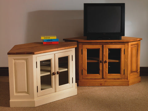 Mountfield - TV Unit With Glazed Doors