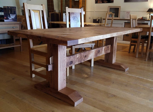 Oak trestle Pillar Table