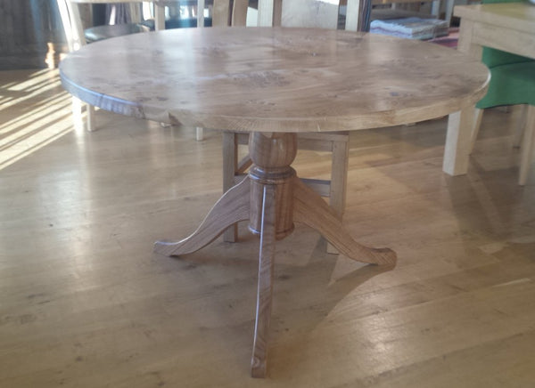 Round Pedestal Oak Dining Table Pippy Top