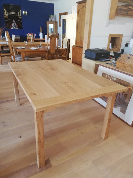 Sussex - Sussex Small Farmhouse Dining Table