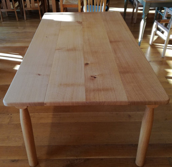 Sussex Farmhouse Oak Table Top View
