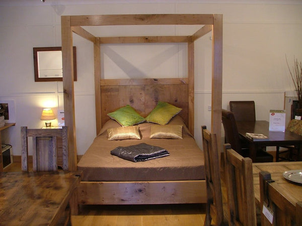 Swailes Open Four Poster Oak Bed Front