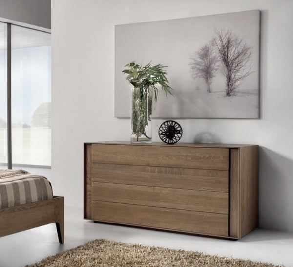 Contemporary oak chest of drawers