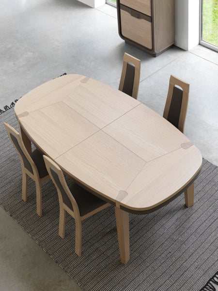 Ettiene - Extending Oval Oak Dining Table