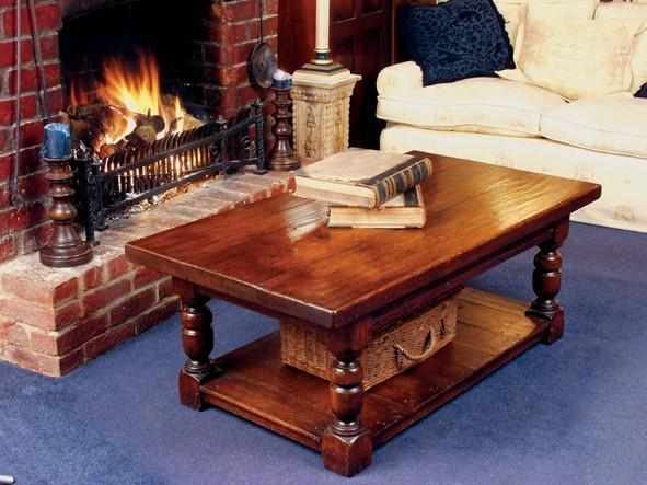 Traditional Heavy oak coffee Table