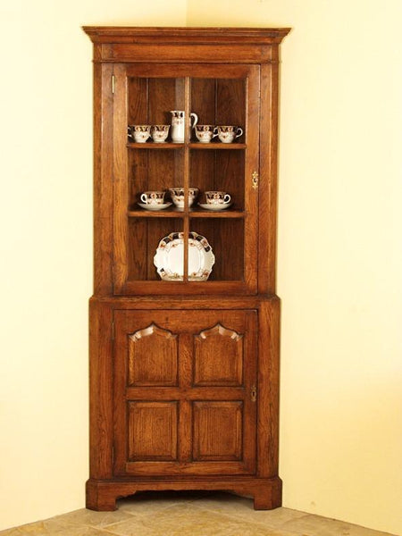 Traditional Oak Glazed Corner Cabinet