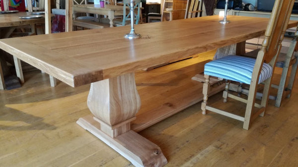 Twin Baluster Oak Table Angle view