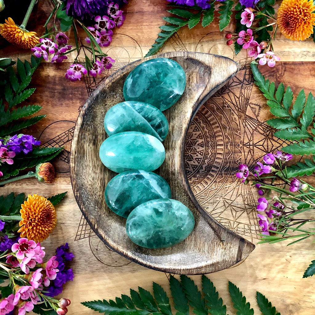 Green Fluorite Pillow Palm Stone