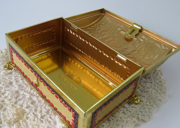 vintage hinged tin box
