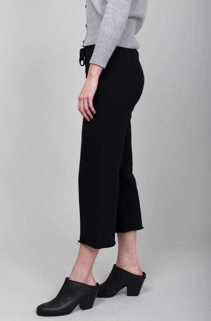 Tee Lab - Cropped Wide Leg Sweatpants - Black - Verdalina