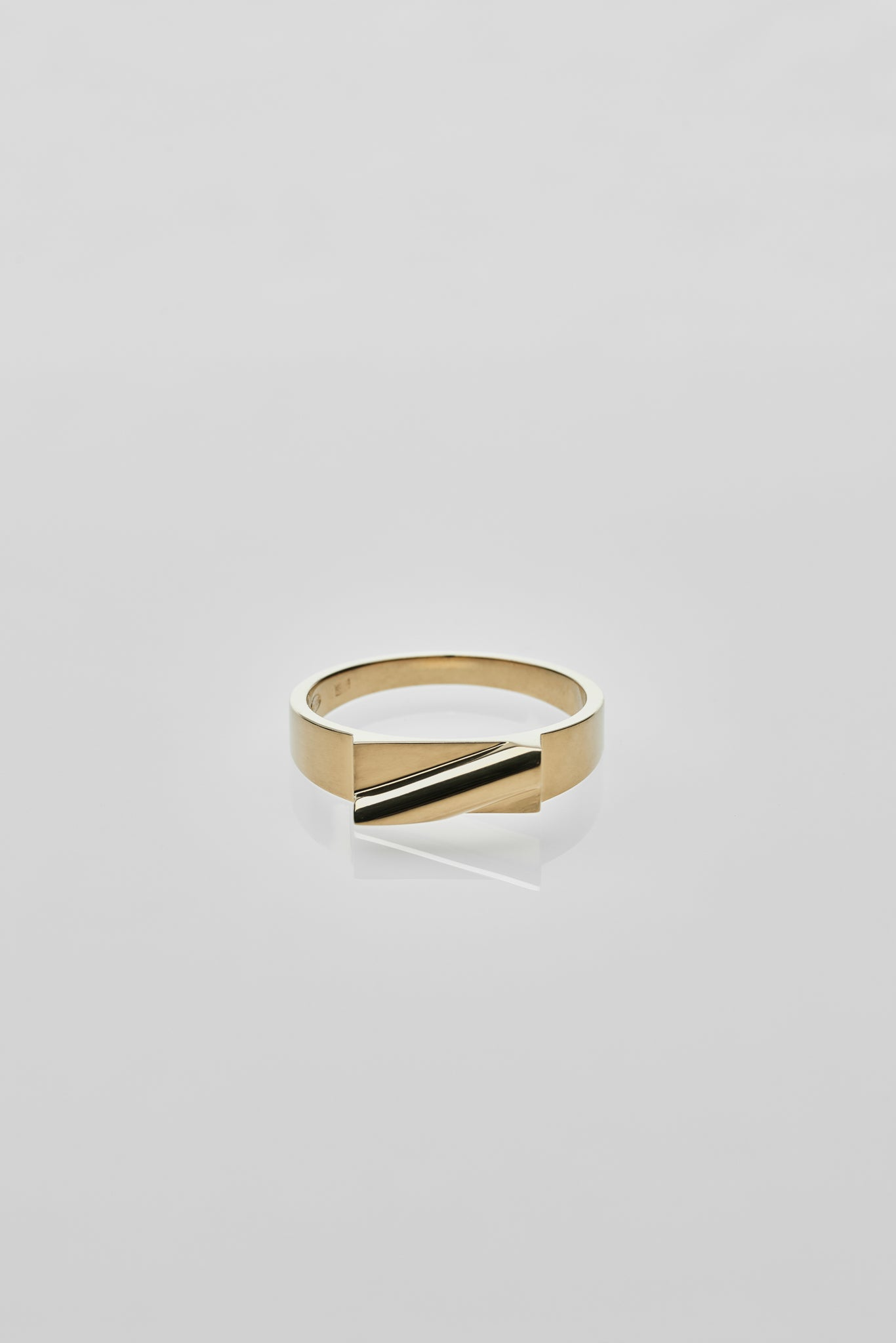 Pei Ring Gold - Arte Antwerp