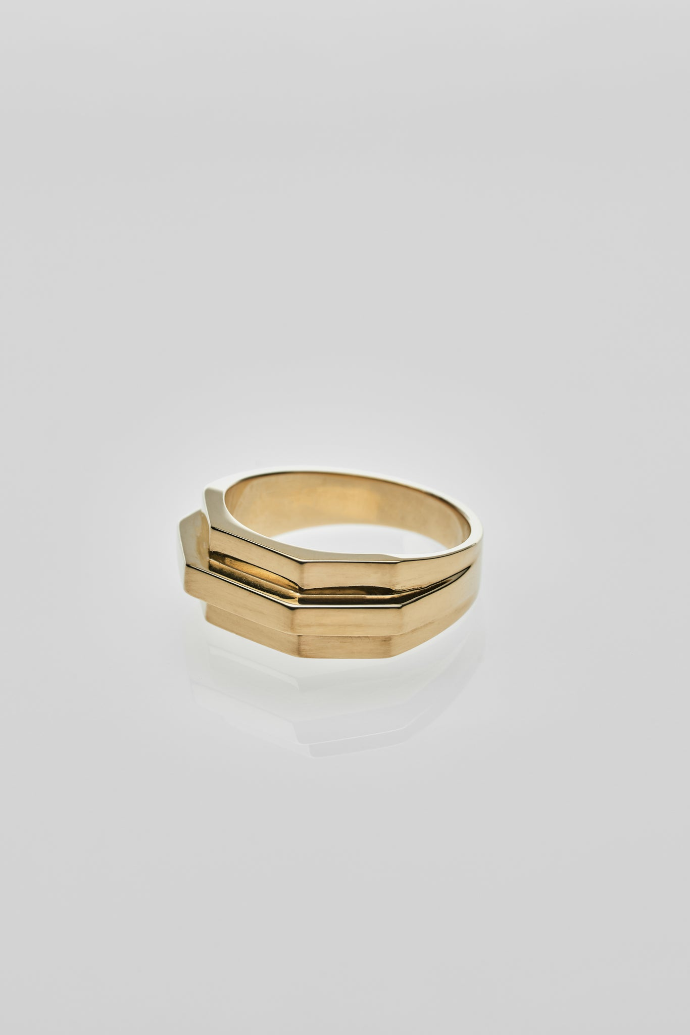 Siza Ring Gold - Arte Antwerp
