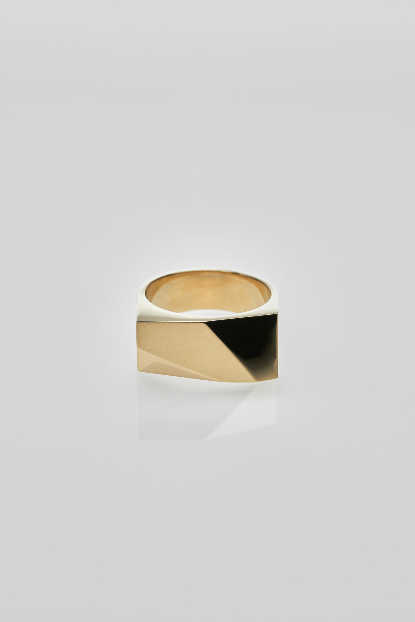 Oscar Ring Gold - Arte Antwerp