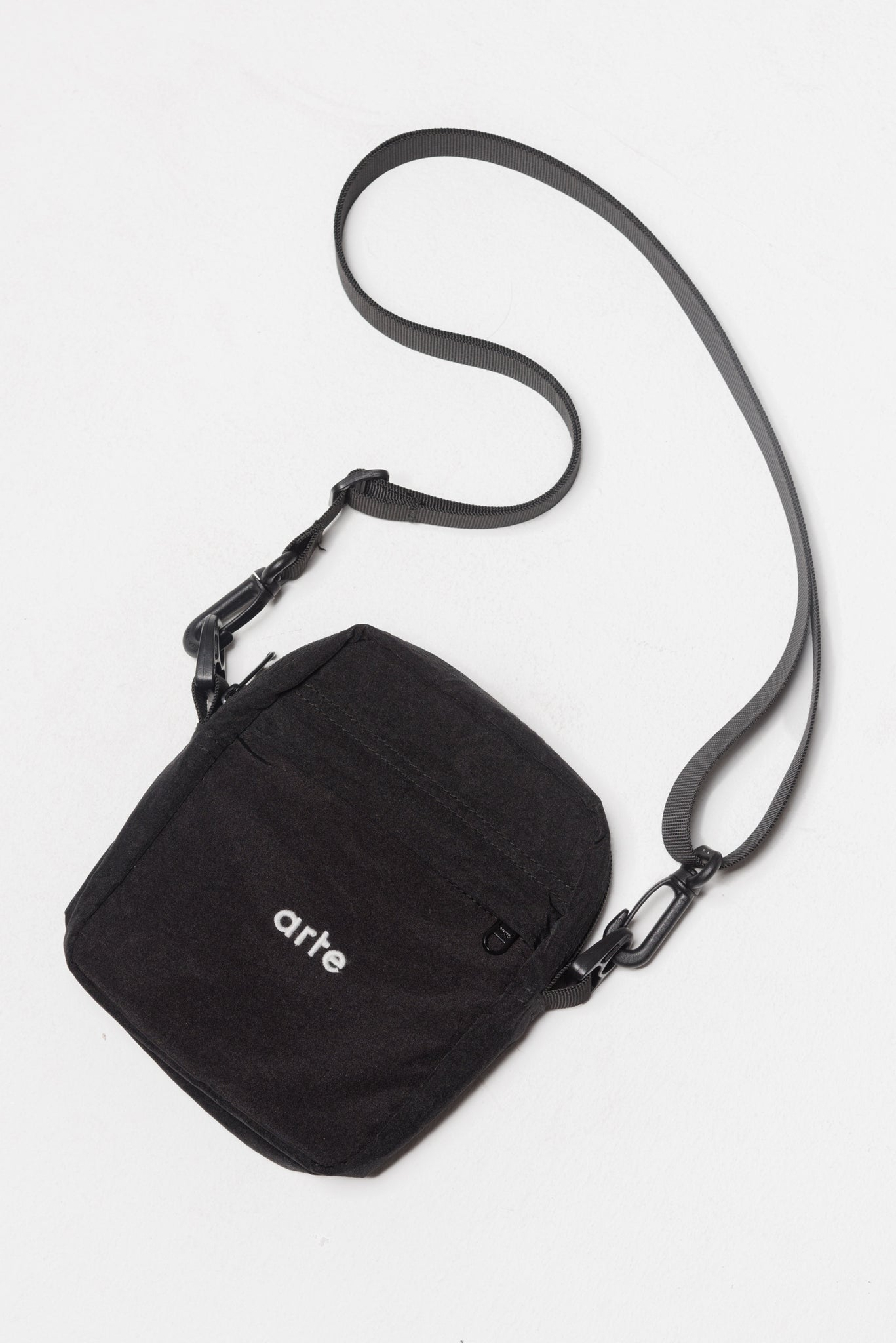 Bo Shoulder Bag