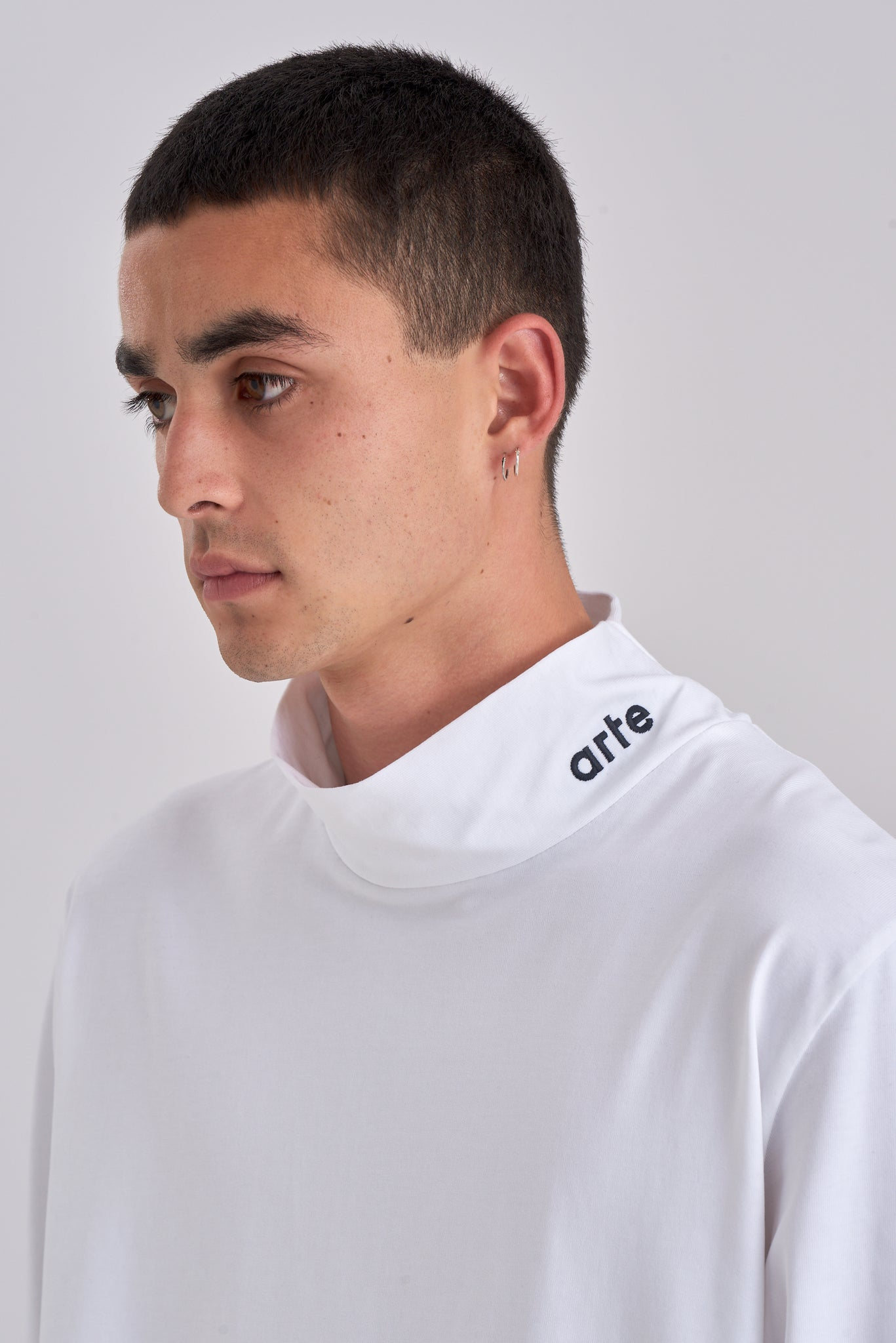 Tuck White Long-sleeve Turtleneck - Arte Antwerp