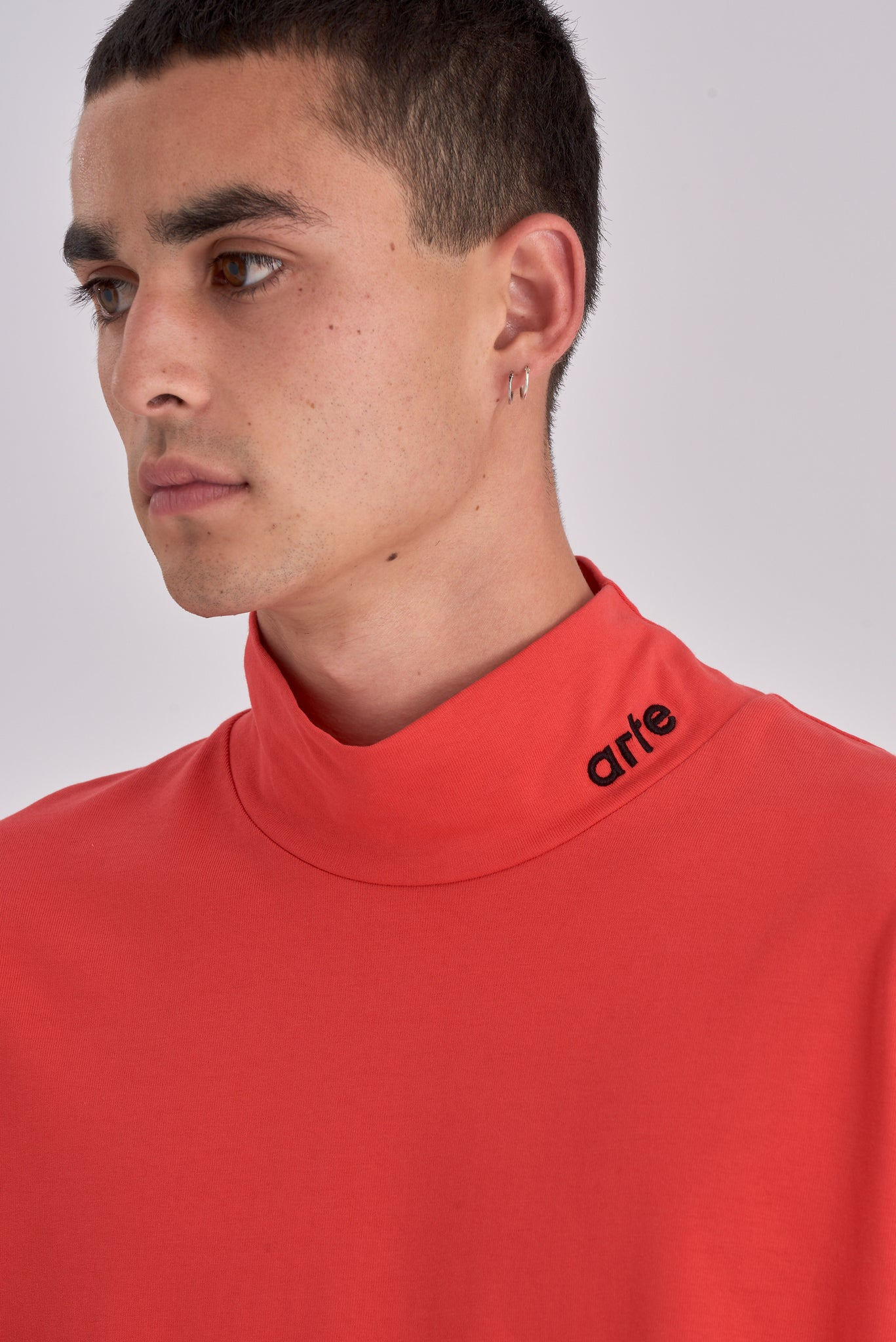 Tuck Red Long-sleeve Turtleneck - Arte Antwerp