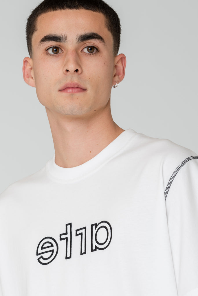 Tyler Mirrored Contrast T-shirt - Arte Antwerp