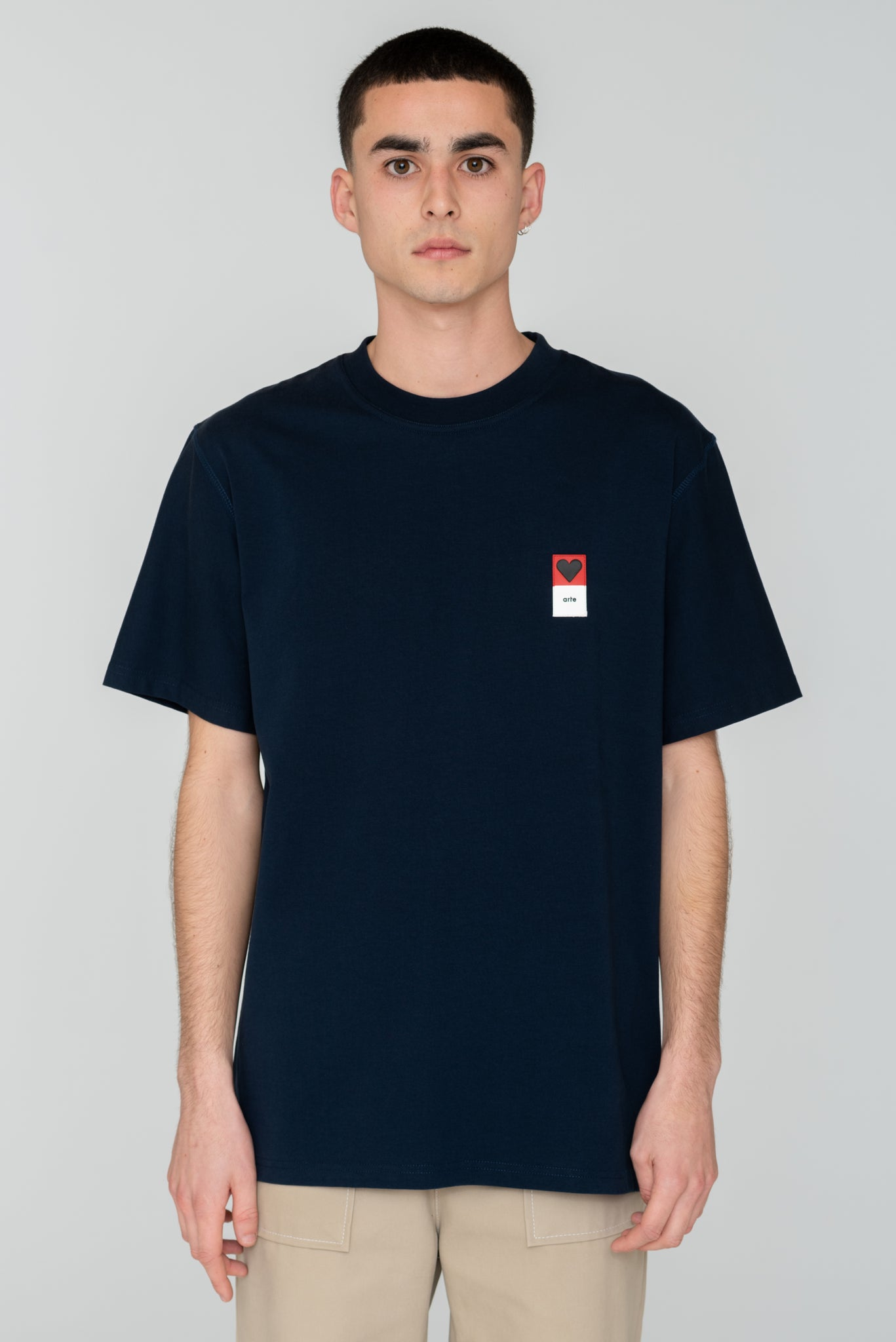 Troy Heart Patch Navy T-shirt - Arte Antwerp