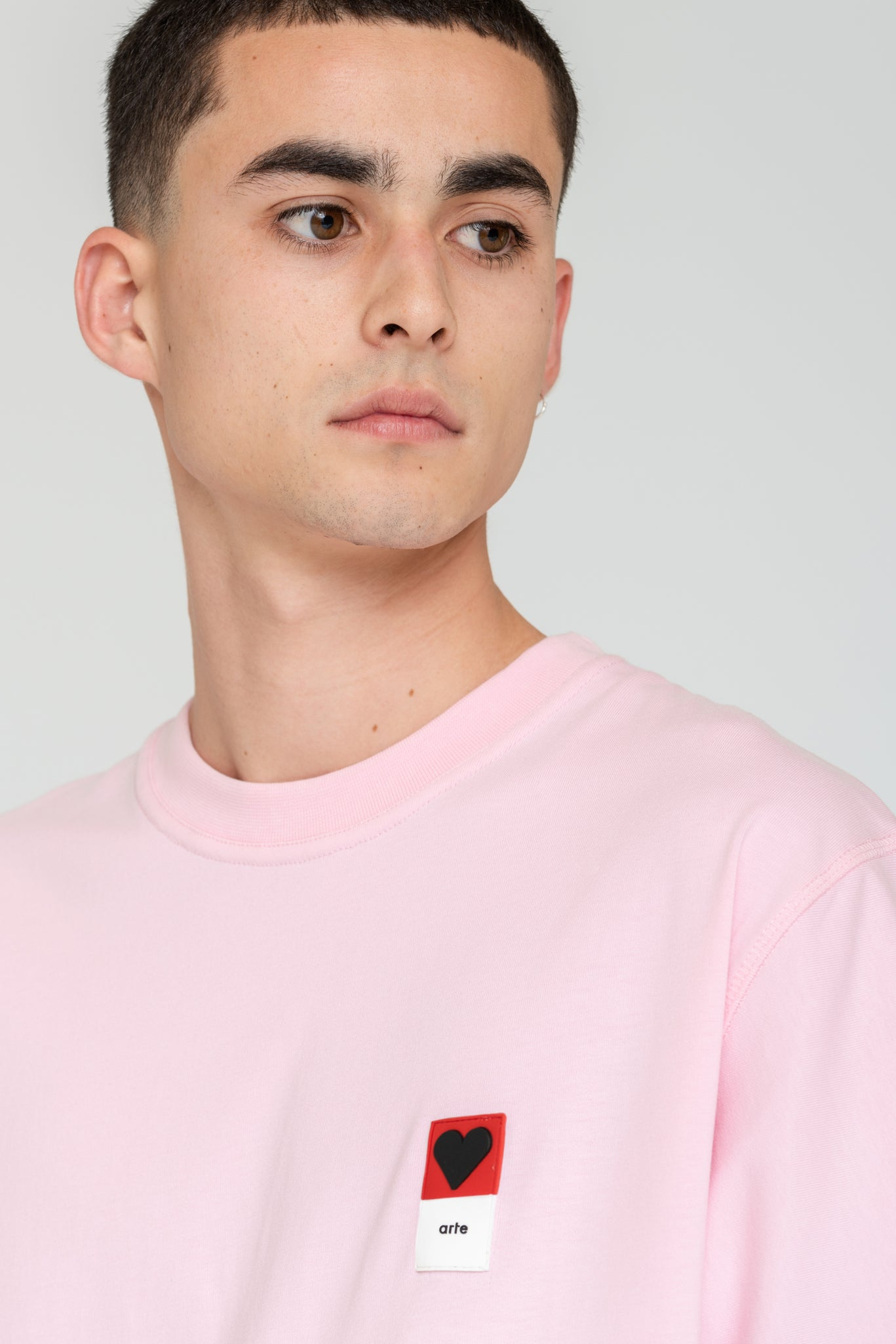 Troy Heart Patch Pink T-shirt