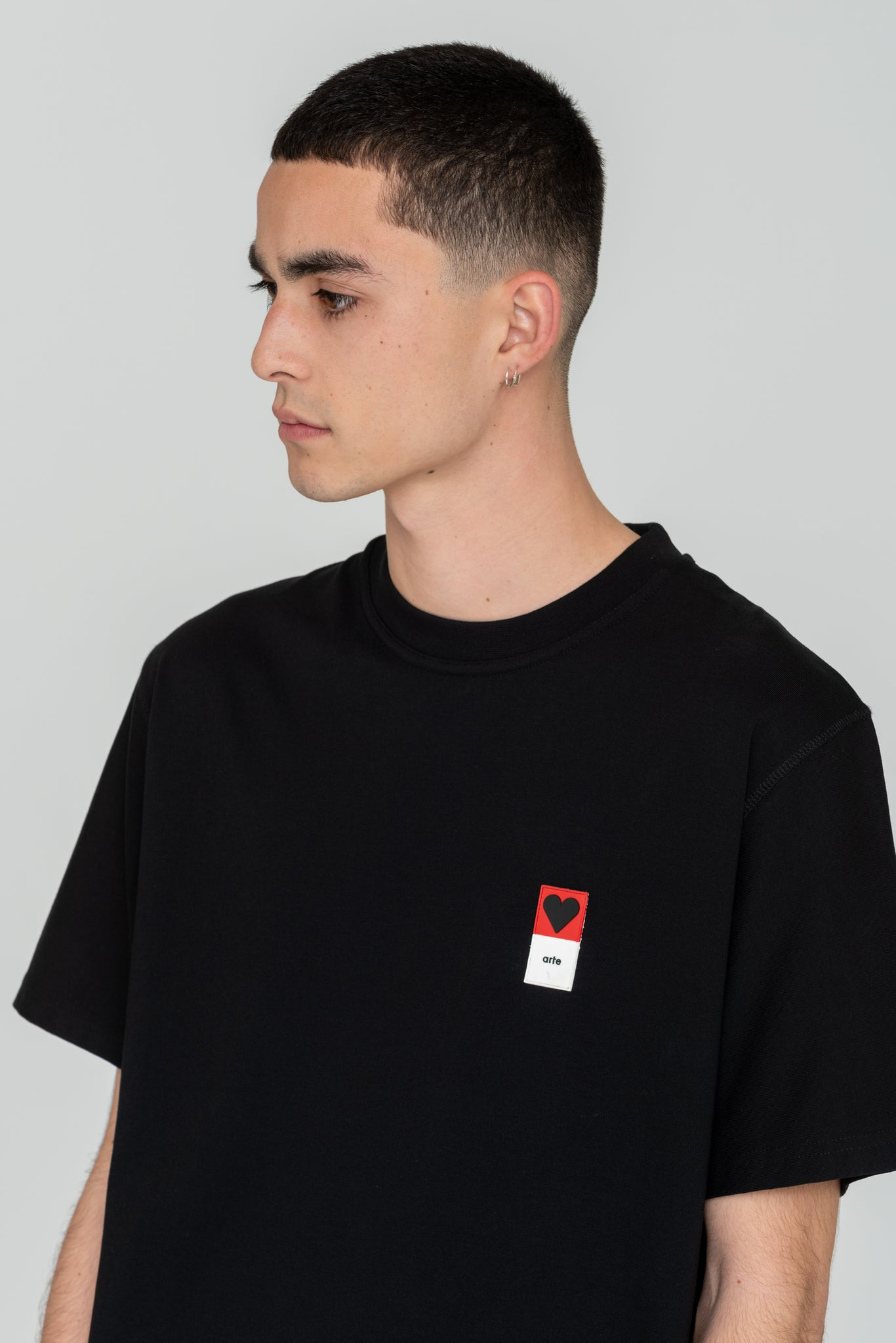 Troy Heart Patch Black T-shirt - Arte Antwerp