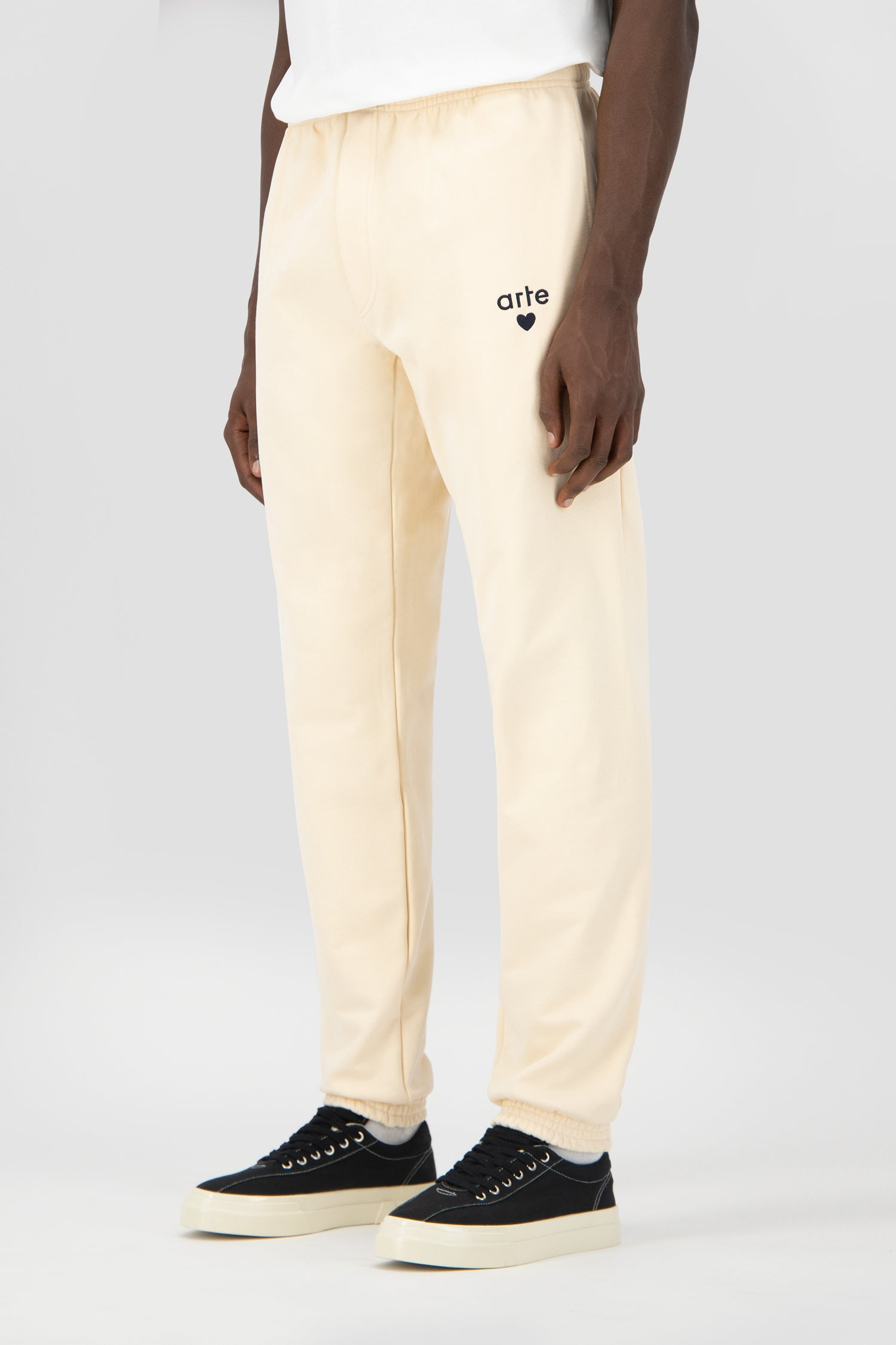 Tristian Heart Sweatpants - Creme
