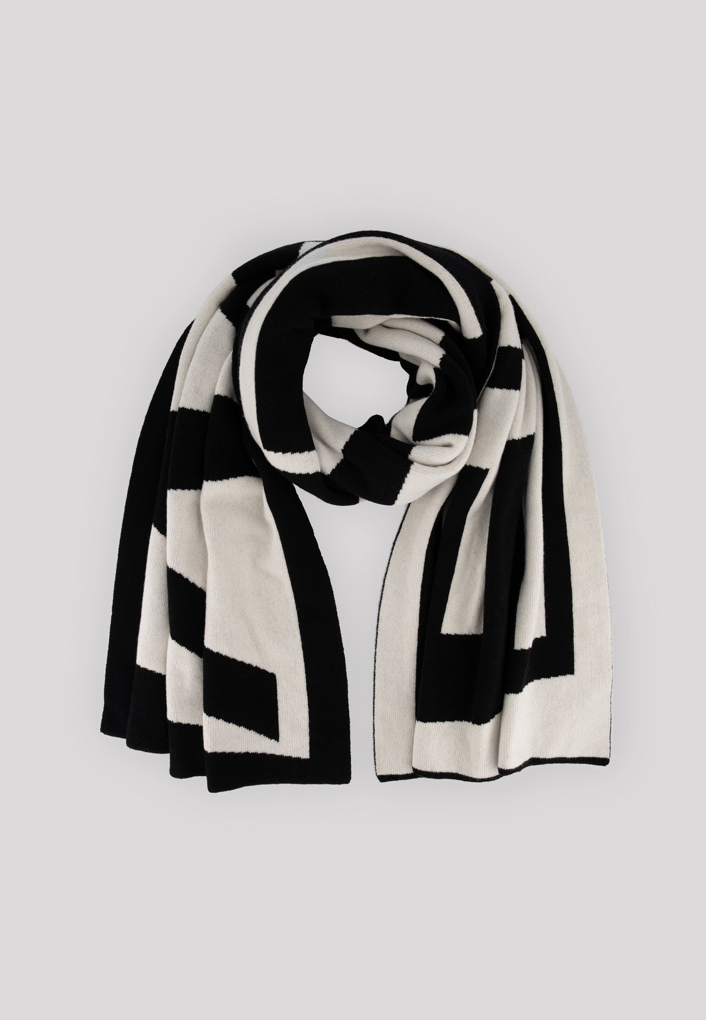 Aron XL Scarf - Black/White