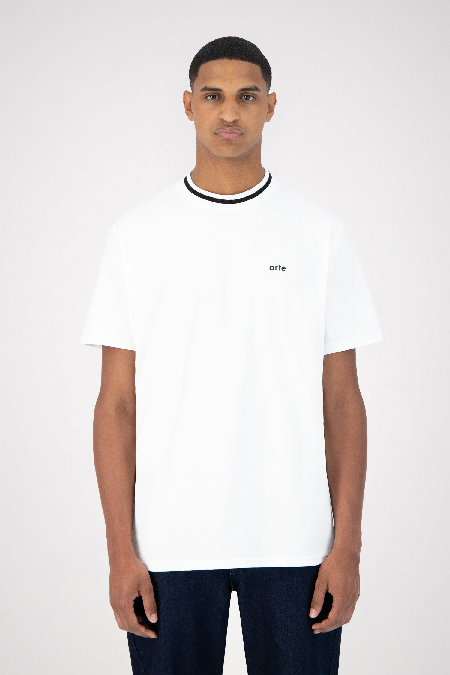Tomi Collar T-shirt - White/Black