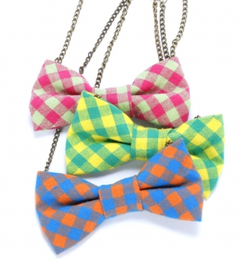 Peppercorn Kids Bow Necklace