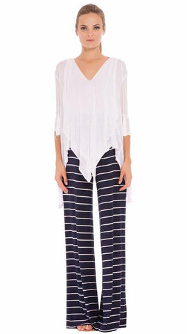 Olian Kry Pants in Navy & White