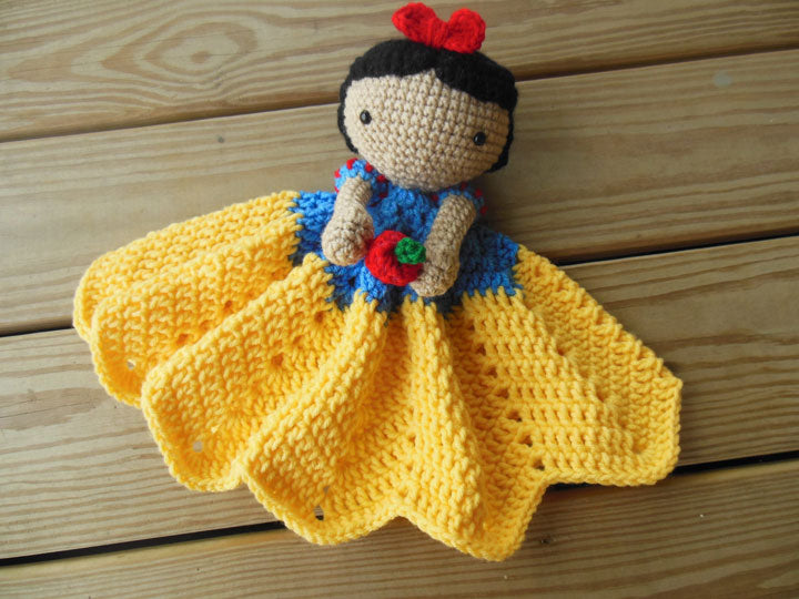 Snow White Crochet Blanket