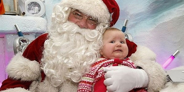 Baby Freaked Out By Santa