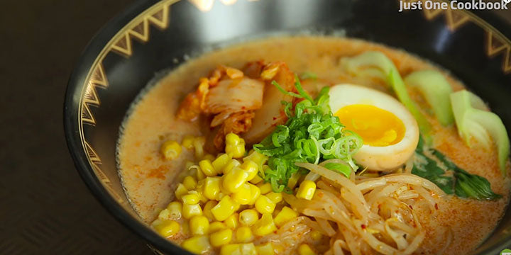 Ramen with Delicious Topping