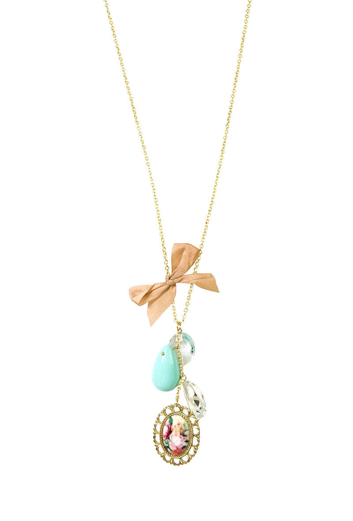 Charming Floral Necklace Blue