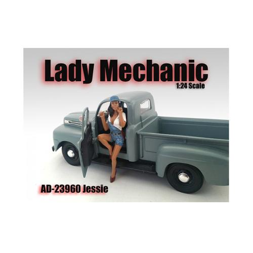 Lady Mechanic Jessie Figurine for 1/24 Scale Models by American Diorama