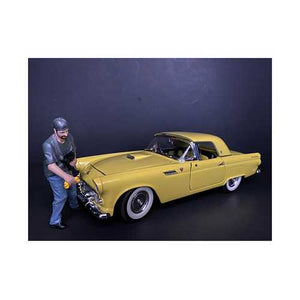"""Weekend Car Show"" Figurine VII for 1/24 Scale Models by American Diorama"