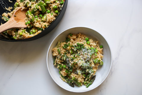 Spring risotto with leeks asparagus and peas