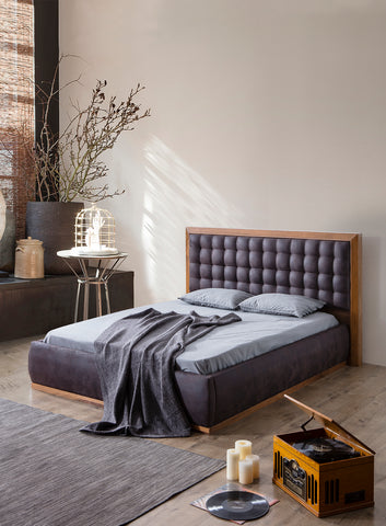 PB02Q-Cleo Tufted Wood Bed