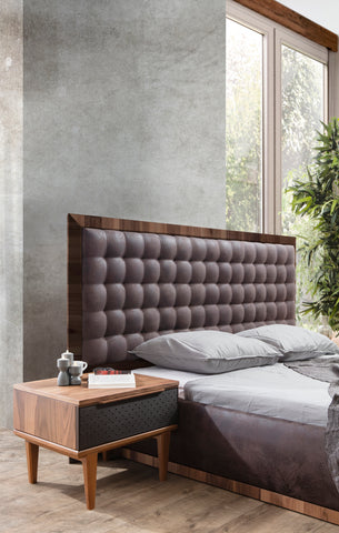 PB03KW-Cleo Grande King Tufted Wood Bed