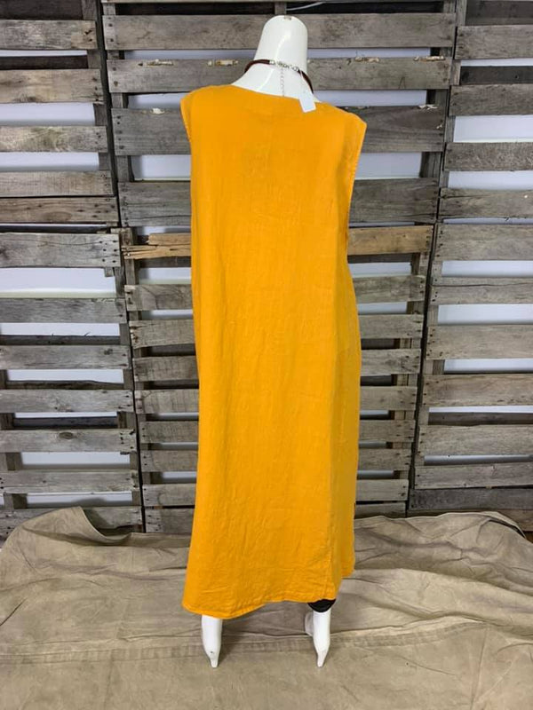 FBD121 Slvless Dress w/ Pockets-Sunflower