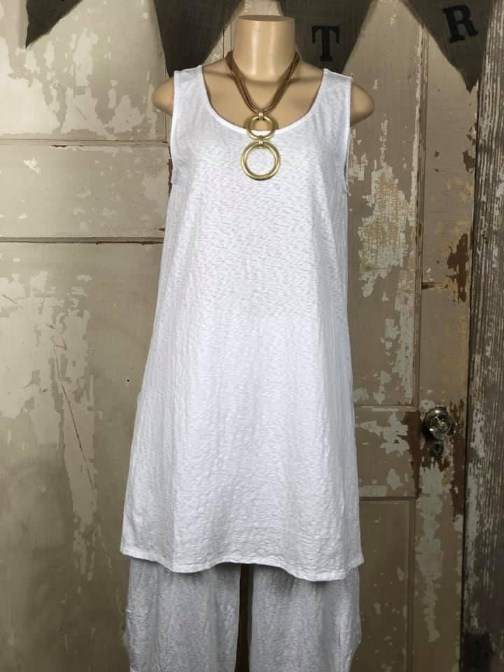 CT0944 Tunic Tank- White