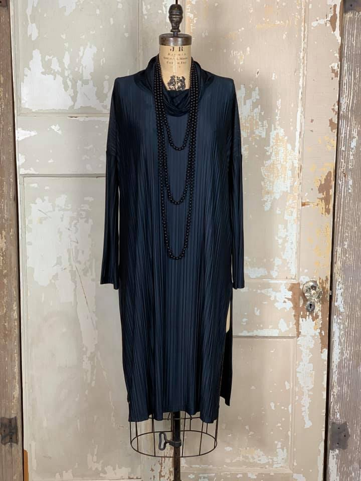 ED606B Black- AMB Dress